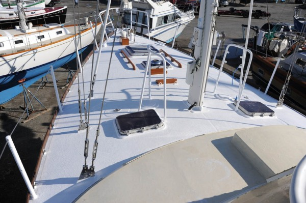 Finished foredeck with toe-rails finally installed.