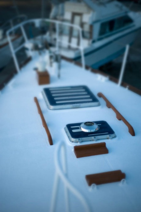 Somewhat artsy view of the finished foredeck. God I can't wait to see blue-water washing across this!