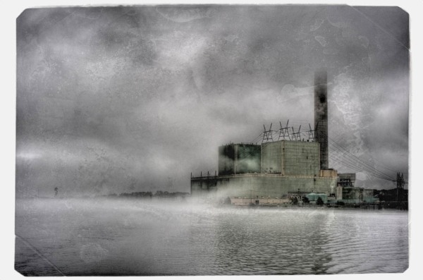 Vozrozhdeniya? No, just a power plant on the banks of the Cape Cod Canal. - HDR