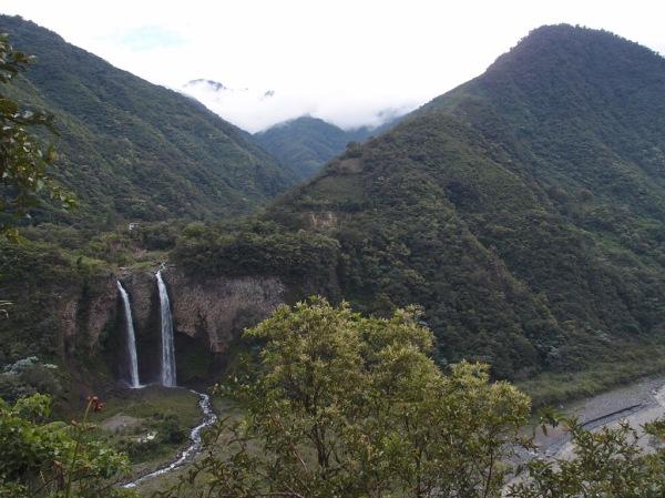 The Manto de la Novia waterfalls.