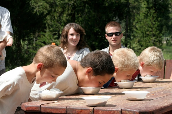 No reunion would be complete without a pie eating contest. Here my nephews Jace and Gage compete with their cousins Will and Carter.