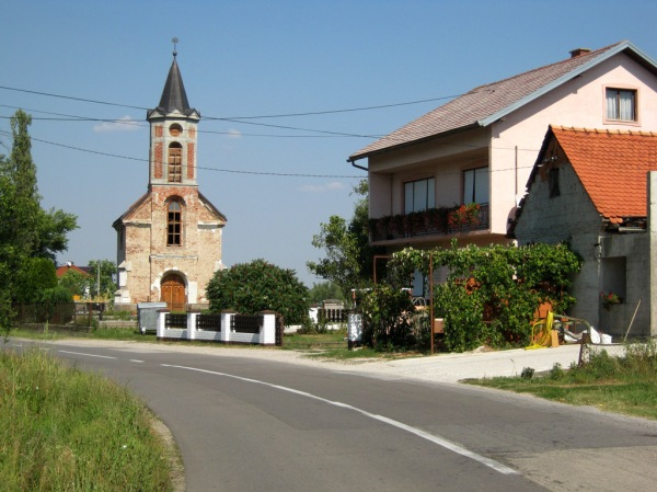 Beautiful Croatian country roads and villages.