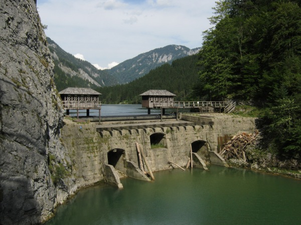 The Prescenyklause Dam on the Salza River.