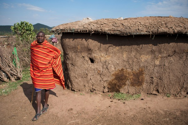 The exterior of a manyatta house, made of a mixture of fresh cow manure and dirt.